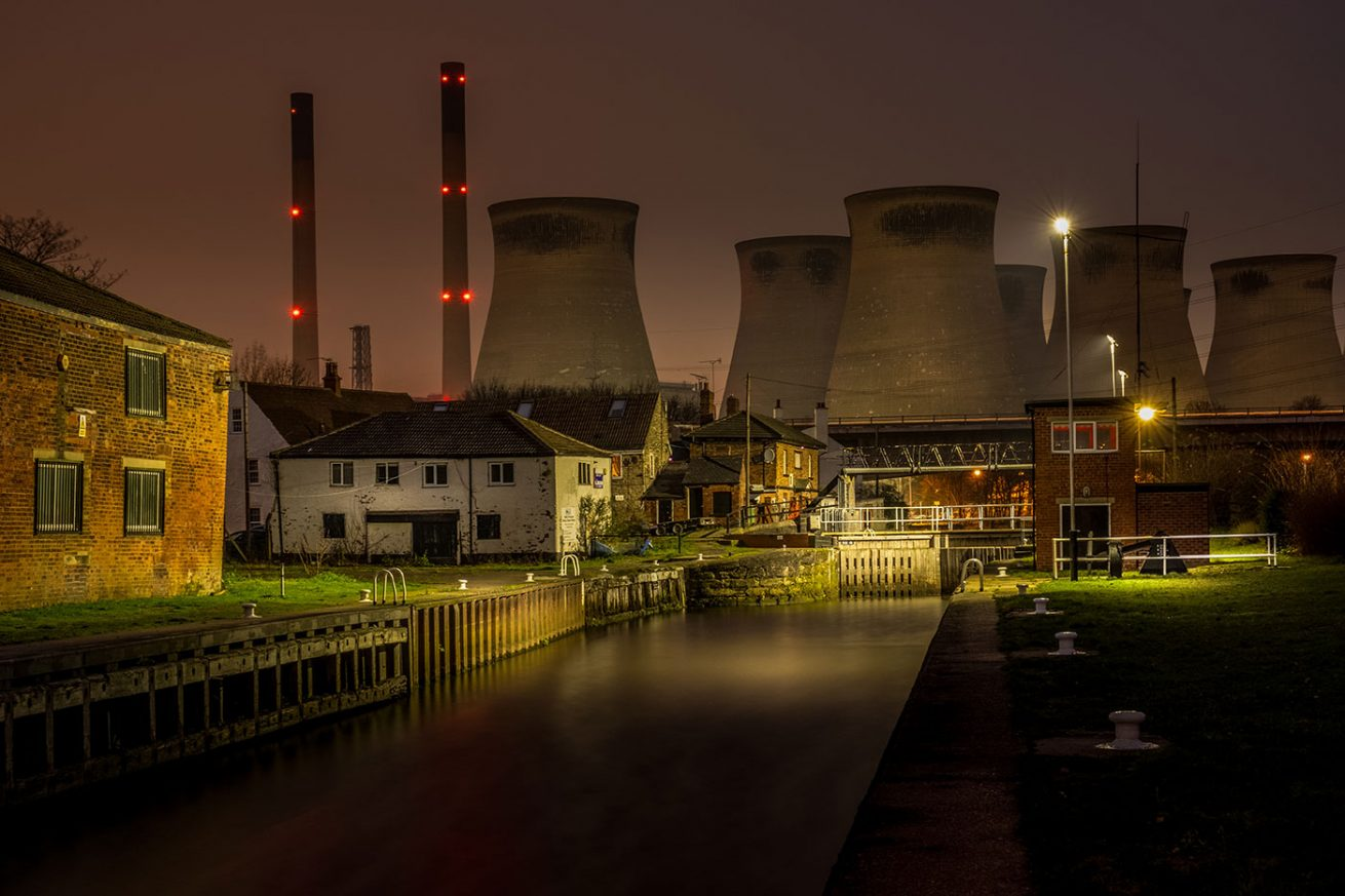Ferrybridge Locks and decommissioned Ferrybridge 'C' coal fired Power Station